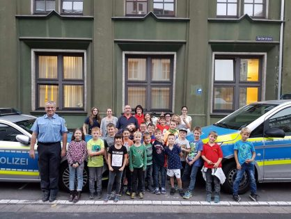 Kinderfeuerwehr der Stadt Lebach besucht die Polizei