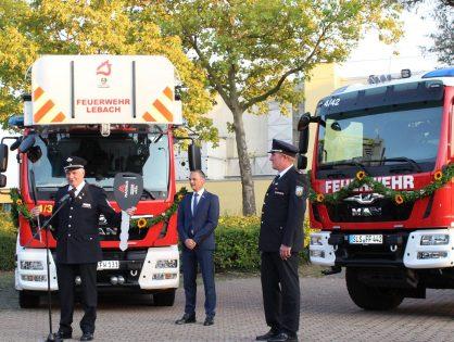 Einsegnung und Indienststellung der neuen Einsatzfahrzeuge - Ehrungen für 70 Jahre Mitgliedschaft in der Feuerwehr Lebach